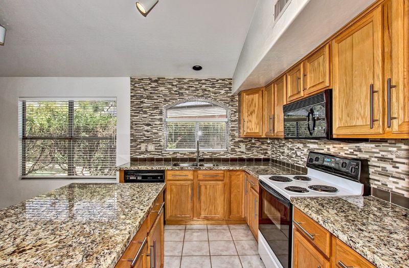 elegant house kitchen